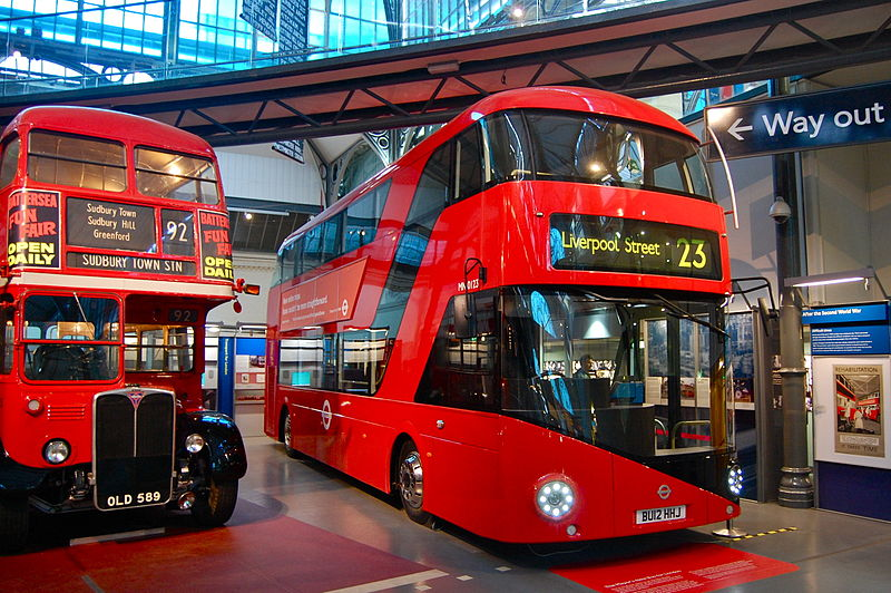 800px-The_new_Routemaster_(London_Transport_Museum).jpg