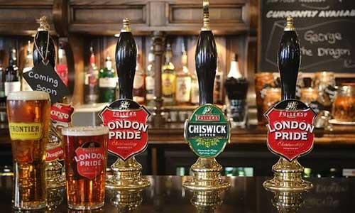 5-Formalities-to-Follow-in-Irish-Pubs-beer-taps.jpg