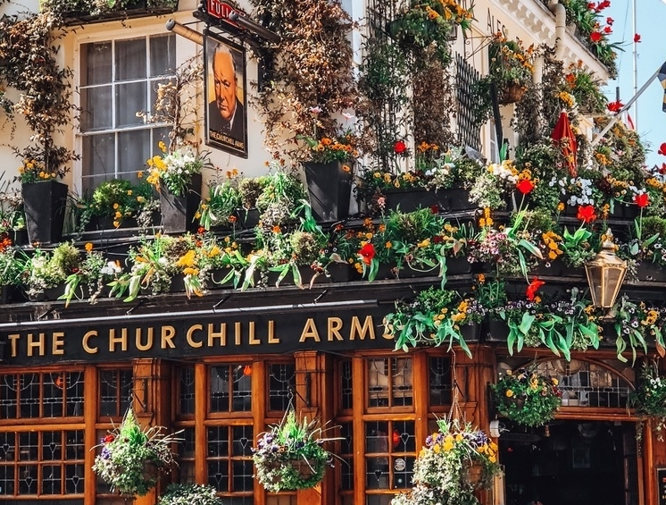 Churchill Arms.jpg